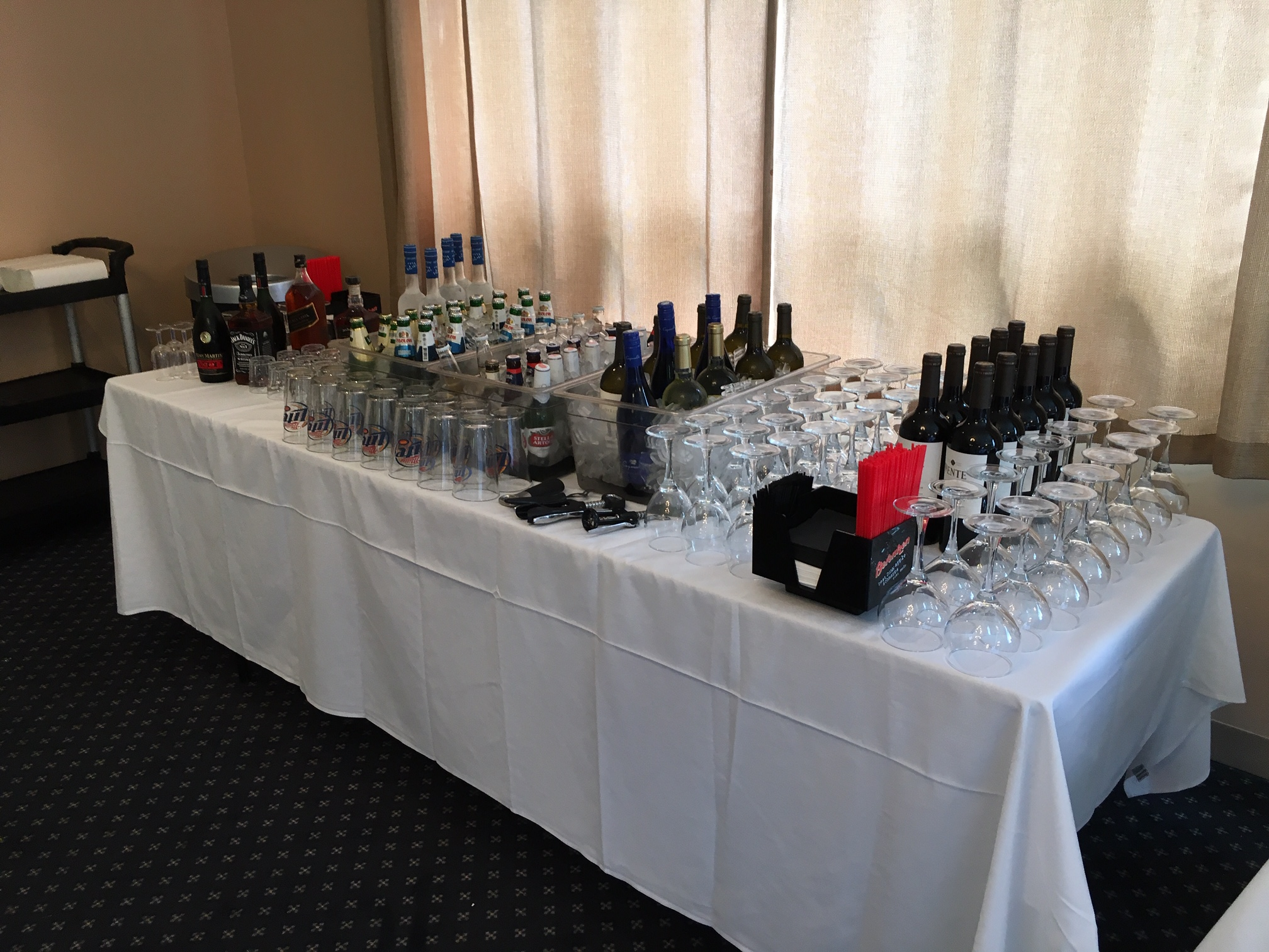 Ukrainian American Cultural Center - Catering and Kitchen wine and drinks