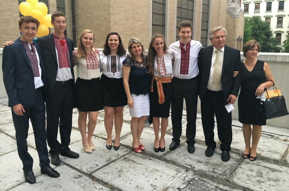 ridnashkola School of Ukrainian Studies - graduates 2017
